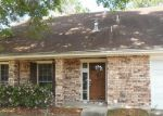 Foreclosed Home in Kenner 70065 CANNES PL - Property ID: 3625638694
