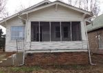 Foreclosed Home in Moberly 65270 S CLARK ST - Property ID: 3625842795