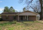 Foreclosed Home in Horn Lake 38637 LAKEVIEW CV - Property ID: 3625872123