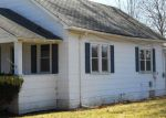 Foreclosed Home in Coal City 60416 E WALNUT ST - Property ID: 3626901364