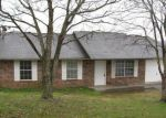 Foreclosed Home in Knoxville 37938 JENNIFER DR - Property ID: 3627747536