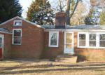 Foreclosed Home in Edgewater 21037 LOCUST LN - Property ID: 3629168765