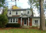 Foreclosed Home in Cincinnati 45211 DARWIN AVE - Property ID: 3633957117