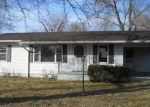 Foreclosed Home in Poplar Bluff 63901 COUNTY ROAD 4415 - Property ID: 3635354263
