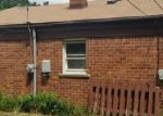 Foreclosed Home in Dearborn Heights 48125 STANFORD ST - Property ID: 3635647718
