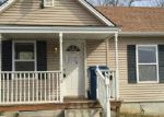 Foreclosed Home in Excelsior Springs 64024 BEVERLY ST - Property ID: 3639223325