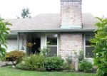 Foreclosed Home in Gresham 97080 SW 22ND ST - Property ID: 3641717141