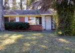 Foreclosed Home in Jacksonville 32209 DOSTIE DR E - Property ID: 3642278639