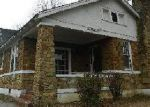 Foreclosed Home in Memphis 38107 N AVALON ST - Property ID: 3650292239