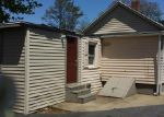 Foreclosed Home in New London 06320 CAPE ANN CT - Property ID: 3650734150