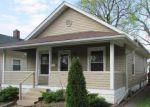 Foreclosed Home in New Albany 47150 WOODROW AVE - Property ID: 3651084990