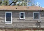 Foreclosed Home in Topeka 66616 NE WOODRUFF AVE - Property ID: 3651172122