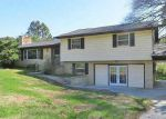 Foreclosed Home in Clinton 37716 GREENWOOD DR - Property ID: 3654553282