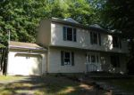 Foreclosed Home in East Stroudsburg 18301 GREENBRIAR DR - Property ID: 3654964105
