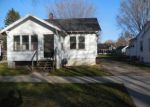 Foreclosed Home in Green Bay 54304 13TH AVE - Property ID: 3659402994