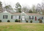 Foreclosed Home in Anniston 36207 DESOTO PL - Property ID: 3660154994