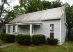 Foreclosed Home in Vine Grove 40175 CHURCH ST - Property ID: 3660762451