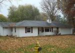Foreclosed Home in Anderson 46011 CENTRAL WAY - Property ID: 3662015494