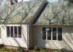 Foreclosed Home in New Haven 06513 FOXON HILL RD - Property ID: 3662302366