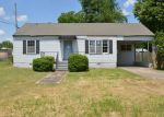 Foreclosed Home in Sheffield 35660 E 14TH AVE - Property ID: 3662918153