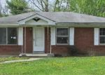 Foreclosed Home in New Albany 47150 OLD FORD RD - Property ID: 3663234374