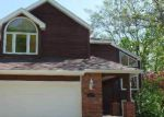 Foreclosed Home in Topeka 66614 SW SUMMERWOOD CT - Property ID: 3663387674