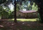 Foreclosed Home in Lake Charles 70615 6TH ST - Property ID: 3663505931