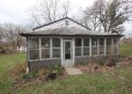 Foreclosed Home in Fairview Heights 62208 OLD LINCOLN TRL - Property ID: 3665238997
