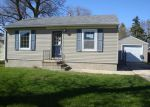 Foreclosed Home in Dodge Center 55927 2ND ST SW - Property ID: 3665795651