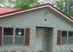 Foreclosed Home in West Blocton 35184 TRUMAN ALDRICH PKWY - Property ID: 3669677409