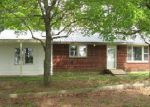 Foreclosed Home in Scottsville 42164 SPEARS RD - Property ID: 3670781545