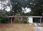 Foreclosed Home in Jacksonville 32211 COLLEGE LN - Property ID: 3671138945
