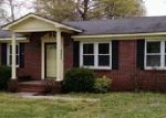 Foreclosed Home in Portland 37148 JIM COURTNEY RD - Property ID: 3671488882