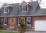 Foreclosed Home in Shirley 11967 STANLEY DR - Property ID: 3672894775