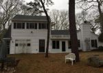 Foreclosed Home in Vineyard Haven 2568 FRANKLIN ST - Property ID: 3674036569