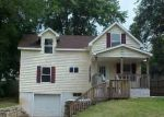 Foreclosed Home in Kansas City 66106 SILVER AVE - Property ID: 3674522725