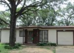 Foreclosed Home in Fort Worth 76112 RAMEY AVE - Property ID: 3676212419