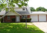 Foreclosed Home in Fort Worth 76111 BONNIE BRAE AVE - Property ID: 3676232116