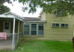 Foreclosed Home in Sinton 78387 E LEWIS ST - Property ID: 3676261929