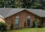 Foreclosed Home in Daingerfield 75638 LINDSEY ST - Property ID: 3676372728