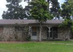 Foreclosed Home in Texarkana 75501 N ELMWOOD DR - Property ID: 3676394172