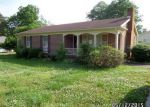 Foreclosed Home in Clarksville 23927 FAIRFIELD DR - Property ID: 3680526463