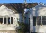 Foreclosed Home in Edison 08817 PENN AVE - Property ID: 3682020394