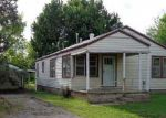 Foreclosed Home in Newcastle 73065 N CARR DR - Property ID: 3684891758