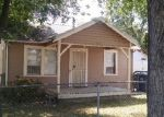 Foreclosed Home in Sacramento 95815 HELENA AVE - Property ID: 3685739226