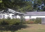 Foreclosed Home in Anniston 36206 MEADOWBROOK PL - Property ID: 3686144355