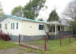 Foreclosed Home in Cathlamet 98612 NELSON CREEK RD - Property ID: 3686293262