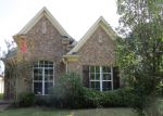 Foreclosed Home in Memphis 38125 PARKMONT DR - Property ID: 3688146782