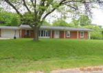 Foreclosed Home in Howell 48843 WILLOW LN - Property ID: 3692815127