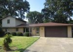 Foreclosed Home in Anderson 46012 COTTONWOOD DR - Property ID: 3694079125